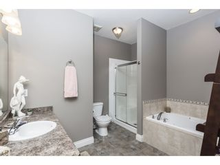 """Photo 15: 127 8590 SUNRISE Drive in Chilliwack: Chilliwack Mountain Townhouse for sale in """"Maple Hills"""" : MLS®# R2571129"""
