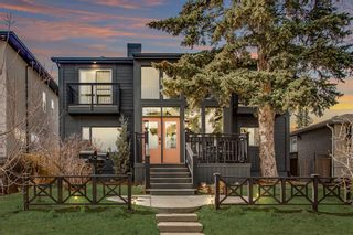 Photo 1: 2439 22A Street NW in Calgary: Banff Trail Detached for sale : MLS®# A1135055