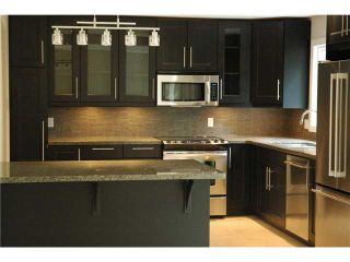 Photo 3: 104 WAHSTAO CR in EDMONTON: Zone 22 Residential Detached Single Family for sale (Edmonton)  : MLS®# E3273992