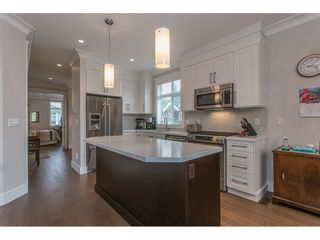 """Photo 5: 2 15989 MOUNTAIN VIEW Drive in Surrey: Grandview Surrey Townhouse for sale in """"HEARTHSTONE IN THE PARK"""" (South Surrey White Rock)  : MLS®# R2153364"""