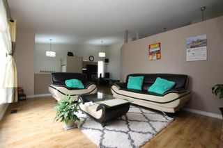 Photo 2: 40 APPLEWOOD Drive SE in Calgary: Applewood Park Detached for sale : MLS®# A1019291