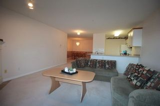 """Photo 3: 203 22150 48 Avenue in Langley: Murrayville Condo for sale in """"Eaglecrest"""" : MLS®# R2238984"""