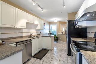 "Photo 9: 11 758 RIVERSIDE Drive in Port Coquitlam: Riverwood Townhouse for sale in ""Riverlane Estates"" : MLS®# R2503975"