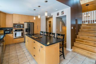 Photo 7: 7694 ST MARK Crescent in Prince George: St. Lawrence Heights House for sale (PG City South (Zone 74))  : MLS®# R2451359