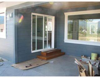 "Photo 6: 5730 GENNIS Way in Sechelt: Sechelt District House for sale in ""THE RIDGE"" (Sunshine Coast)  : MLS®# V785526"