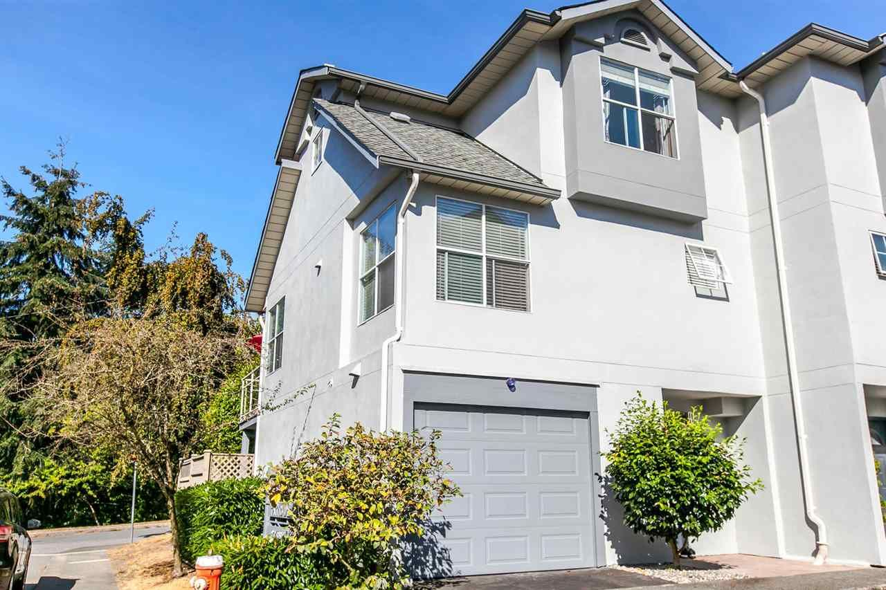 Main Photo: 1 920 TOBRUCK AVENUE in North Vancouver: Hamilton Townhouse for sale : MLS®# R2104881
