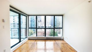 """Photo 2: 1305 1238 MELVILLE Street in Vancouver: Coal Harbour Condo for sale in """"POINTE CLAIRE"""" (Vancouver West)  : MLS®# R2579898"""