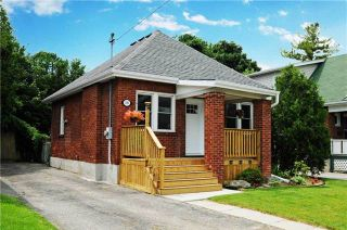Photo 1: 390 Jarvis Street in Oshawa: O'Neill House (Bungalow) for sale : MLS®# E3250809