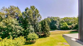 """Photo 21: 401 6837 STATION HILL Drive in Burnaby: South Slope Condo for sale in """"CLARIDGES"""" (Burnaby South)  : MLS®# R2606817"""