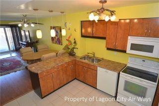 Photo 5: Unit 25 4 Paradise Boulevard in Ramara: Brechin Condo for sale : MLS®# S4104578