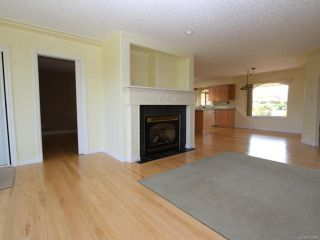 Photo 13: 944 Brooks Pl in COURTENAY: CV Courtenay East House for sale (Comox Valley)  : MLS®# 730969