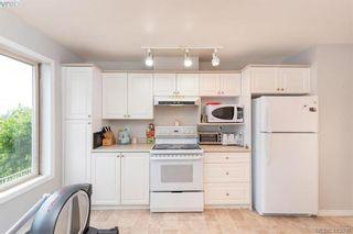 Photo 21: 207 3700 Carey Rd in VICTORIA: SW Gateway Condo for sale (Saanich West)  : MLS®# 823245