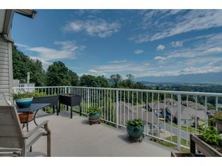 """Photo 19: 93 8590 SUNRISE Drive in Chilliwack: Chilliwack Mountain Townhouse for sale in """"MAPLE HILLS"""" : MLS®# R2284999"""