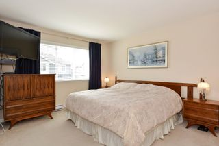 """Photo 15: 37 16760 61 Avenue in Surrey: Cloverdale BC Townhouse for sale in """"HARVEST LANDING"""" (Cloverdale)  : MLS®# R2282376"""