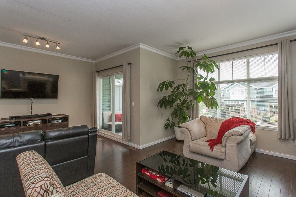"Photo 21: Photos: 6 6785 193 Street in Surrey: Clayton Townhouse for sale in ""MADRONA"" (Cloverdale)  : MLS®# R2160056"