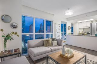 """Photo 4: 807 1188 HOWE Street in Vancouver: Downtown VW Condo for sale in """"1188 HOWE"""" (Vancouver West)  : MLS®# R2162667"""