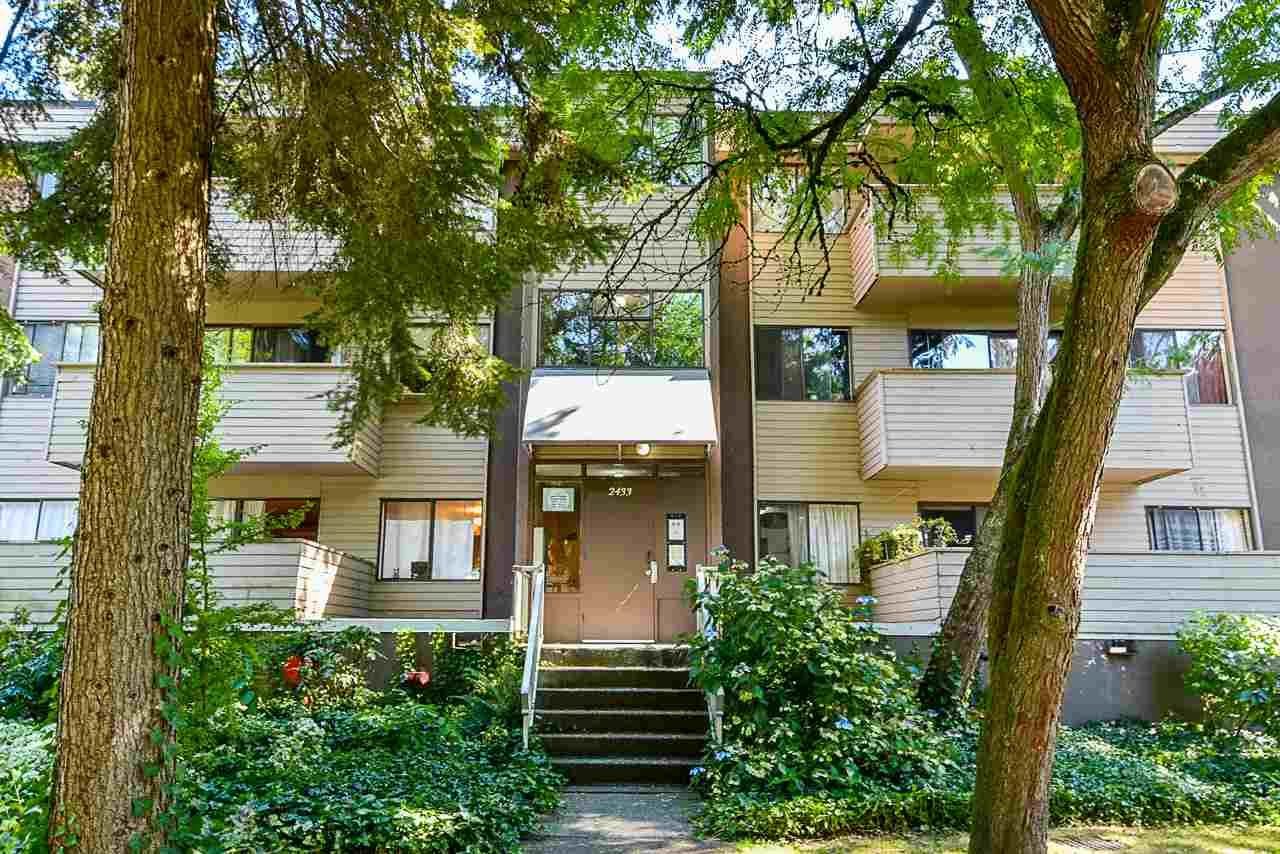 Main Photo: 3 2433 KELLY AVENUE in Port Coquitlam: Central Pt Coquitlam Condo for sale : MLS®# R2498114