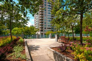 "Photo 37: 406 3065 PRIMROSE Lane in Coquitlam: North Coquitlam Condo for sale in ""LAKESIDE TERRACE"" : MLS®# R2381965"