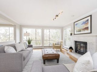 """Photo 15: 4228 W 11TH Avenue in Vancouver: Point Grey House for sale in """"Point Grey"""" (Vancouver West)  : MLS®# R2542043"""