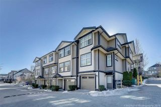"""Photo 15: 25 6350 142 Street in Surrey: Sullivan Station Townhouse for sale in """"Canvas"""" : MLS®# R2343782"""