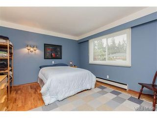 Photo 12: 425 Tipton Ave in VICTORIA: Co Wishart South House for sale (Colwood)  : MLS®# 753369