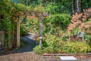 Photo 7: 2982 Smith Rd in Courtenay: CV Courtenay North House for sale (Comox Valley)  : MLS®# 885581