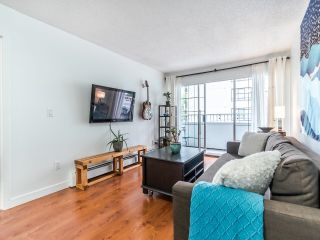 """Photo 3: 208 707 EIGHTH Street in New Westminster: Uptown NW Condo for sale in """"THE DIPLOMAT"""" : MLS®# R2625783"""
