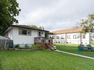 Photo 2: 10 Dunraven Avenue in Winnipeg: St Vital Residential for sale (2D)  : MLS®# 202121336