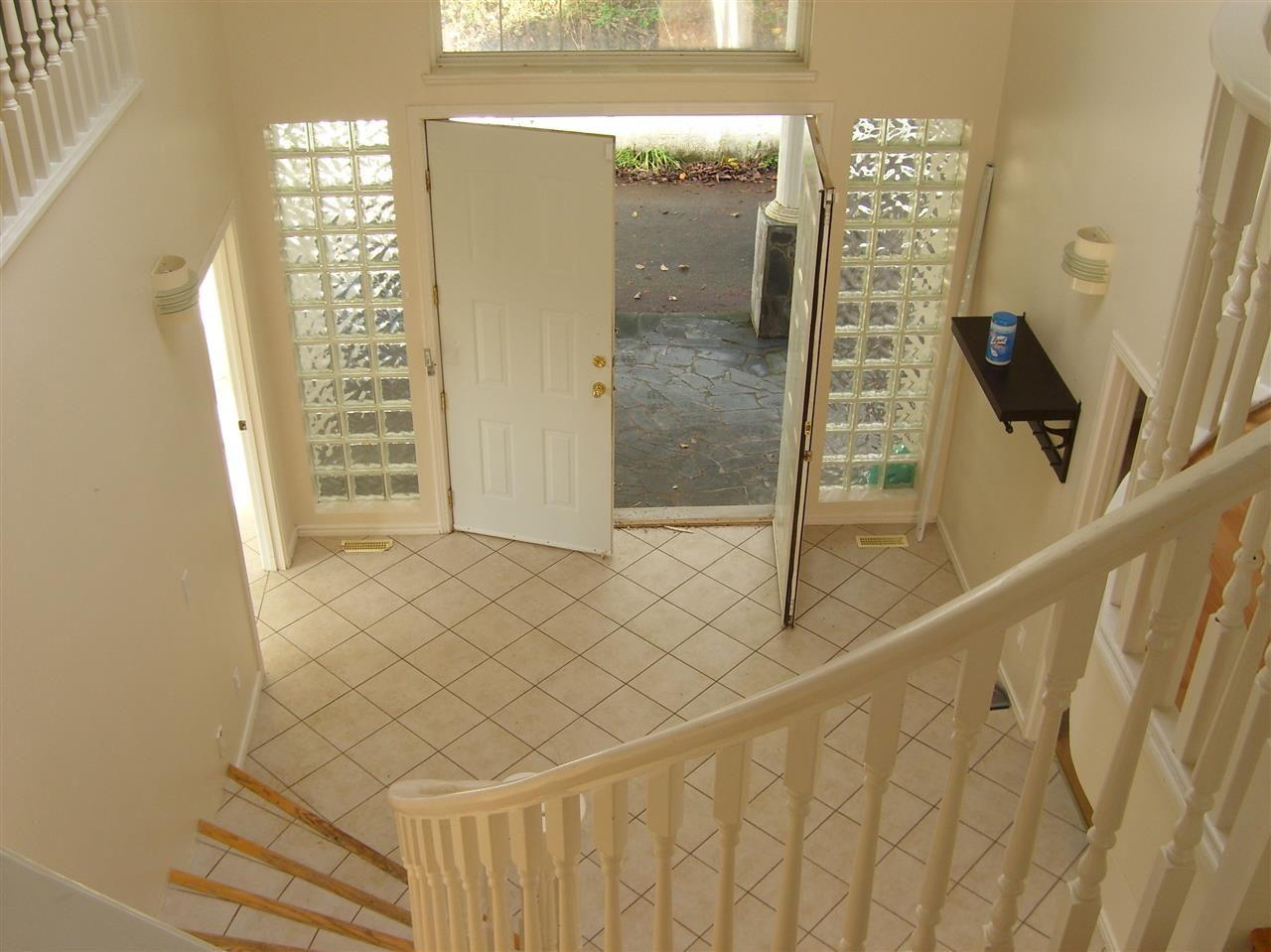 Photo 3: Photos: 28640 123 Avenue in Maple Ridge: Northeast House for sale : MLS®# R2419989