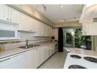 """Photo 7: 49 103 PARKSIDE Drive in Port Moody: Heritage Mountain Townhouse for sale in """"TREETOPS"""" : MLS®# V1065898"""