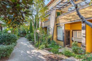 """Main Photo: 1065 E PENDER Street in Vancouver: Strathcona Townhouse for sale in """"PENDER COURT"""" (Vancouver East)  : MLS®# R2410730"""