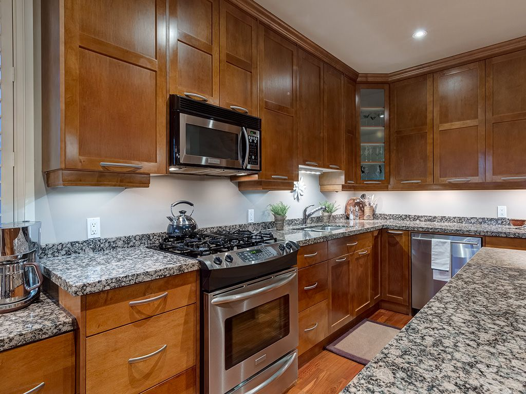 Photo 16: Photos: 306 4108 Stanley Road SW in Calgary: Parkhill_Stanley Prk Condo for sale : MLS®# c4012466