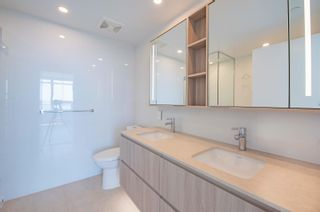 Photo 16: 908 15165 THRIFT Avenue in Surrey: White Rock Condo for sale (South Surrey White Rock)  : MLS®# R2612280