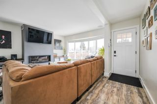 Photo 4: 3431 32 Street SW in Calgary: Rutland Park Detached for sale : MLS®# A1081195