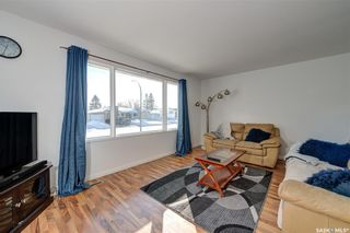 Photo 5: 146 Blake Place in Saskatoon: Meadowgreen Residential for sale : MLS®# SK842205