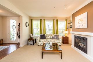Photo 3: 9 19490 FRASER WAY in Pitt Meadows: South Meadows Townhouse for sale : MLS®# R2264456