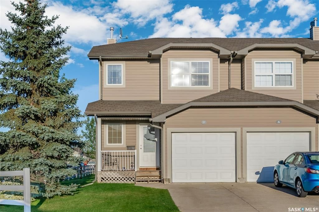 Main Photo: 7 300 Maccormack Road in Martensville: Residential for sale : MLS®# SK870038