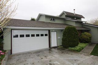 Photo 1: 1102 17th St in : CV Courtenay City House for sale (Comox Valley)  : MLS®# 874642