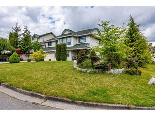 """Photo 3: 33563 KNIGHT Avenue in Mission: Mission BC House for sale in """"HILLSIDE"""" : MLS®# R2601881"""