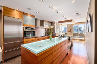 """Photo 15: PH 1935 HARO Street in Vancouver: West End VW Condo for sale in """"SUNDIAL PLACE"""" (Vancouver West)  : MLS®# R2589575"""