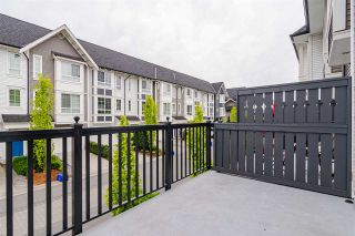 "Photo 8: 77 8438 207A Street in Langley: Willoughby Heights Townhouse for sale in ""YORK By Mosaic"" : MLS®# R2453258"