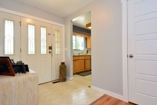 "Photo 5: 5717 137A Street in Surrey: Panorama Ridge House for sale in ""Panorama Ridge"" : MLS®# F1441288"