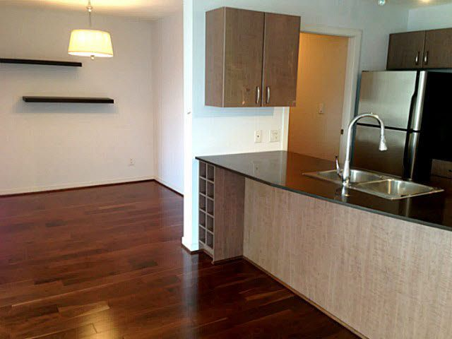 """Photo 4: Photos: 1904 610 GRANVILLE Street in Vancouver: Downtown VW Condo for sale in """"THE HUDSON"""" (Vancouver West)  : MLS®# V1131669"""