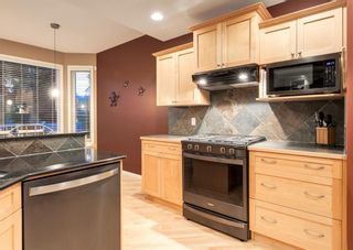 Photo 12: 35 VALLEY CREEK Bay NW in Calgary: Valley Ridge Detached for sale : MLS®# A1119057