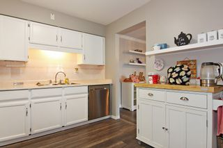 """Photo 9: 309 32025 TIMS Avenue in Abbotsford: Abbotsford West Condo for sale in """"ELMWOOD MANOR"""" : MLS®# R2357664"""