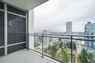 "Photo 11: 2411 13308 CENTRAL Avenue in Surrey: Whalley Condo for sale in ""Evolve"" (North Surrey)  : MLS®# R2448103"
