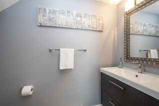 """Photo 14: 4 1071 LYNN VALLEY Road in North Vancouver: Lynn Valley Townhouse for sale in """"River Rock"""" : MLS®# R2584464"""