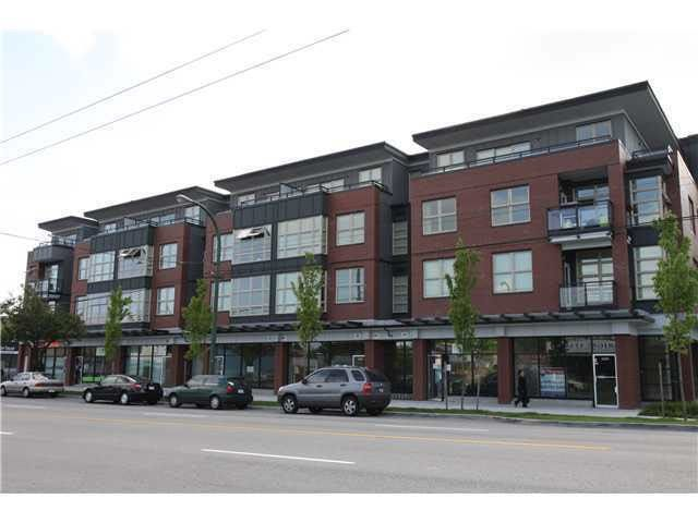 Main Photo: 3578 FRASER Street in Vancouver: Fraser VE Retail for lease (Vancouver East)  : MLS®# C8038055