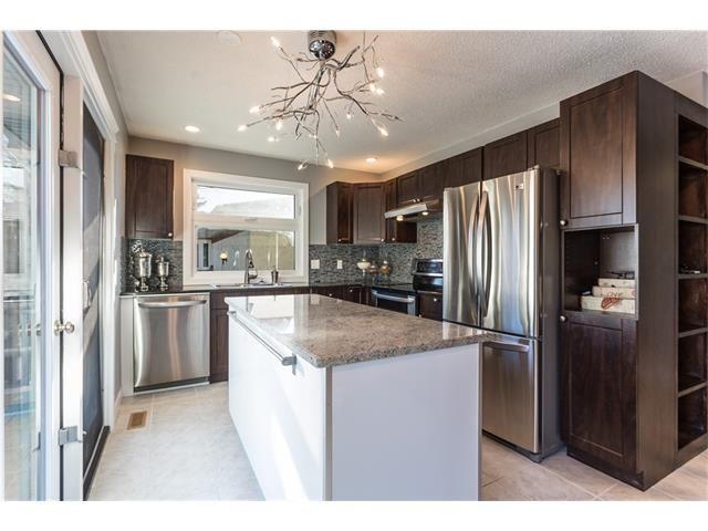 Photo 13: Photos: 36 OAKBURY Place SW in Calgary: Oakridge House for sale : MLS®# C4101941