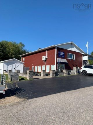 Photo 2: 37867 Cabot Trail Road in Ingonish Beach: 207-C. B. County Commercial  (Cape Breton)  : MLS®# 202123307